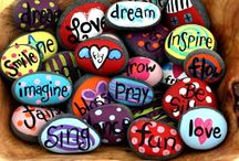 Stone Painting Ideas / Stone Painting Ideas i got pict evrywhere