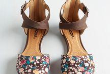zapatos y algo mas....