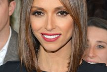 Women: Medium cuts & Bobs / Style inspiration for haircuts between chin-length and shoulder-length.