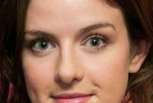 AISLING LOFTUS / Aisling Loftus born september 01, 1990 in nottingham, uk