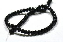 Onyx Natural Gemstone Beads / Get the best natural Black Onyx Gemstone beads from Indian Mines. Available in clear faceted beads. A bead measures from 5mm to 7mm.