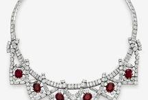 Jewelry Inspiration / by Pennie Strawbridge-Espiritu