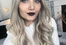My fav YouTuber Roxie