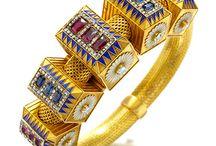 Beautiful Bracelets / by Joan Redd