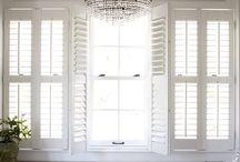 Adjustable louvre shutters