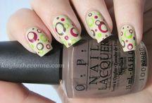nails. / by Suzi Staherski
