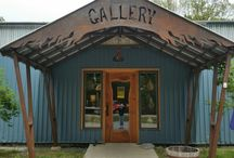 Glass Blowing Workshops at Solinglass / Come to Solinglass at Fulcrum Arts Center in Brattleboro, VT to learn the art of glassblowing.