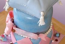 Amazing Cakes & cupcakes! / by Gloria Zúñiga