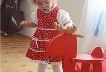 Pirosfestő lànyruha