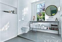Minimalism in the Bath