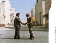 Pink Floyd виниловые пластинки / Фотографии виниловых пластинок Pink Floyd нашего магазина. Так же можно купить футболки группы  http://www.magazin-futbolok.su/futbolki-mugskie/rok-futbolki-grupp/pink-floyd-futbolki.html