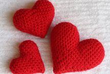 Valentine's Day (free crochet patterns) / The Best of Free Crochet Patterns!