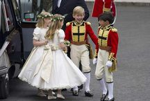 Classic Children's Outfits / What do the little ones wear in a wedding? Simple, classic clothing that hasn't gone out of style in the past two hundred years.