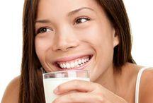 Süt içmek için 8 neden! / Süt içmek için 8 neden! Faydalarını öğrenince, her gün 2 bardak içeceksiniz. http://www.sofra.com.tr/Blog/Blog/2014/10/08/sut-icmek-icin-8-neden