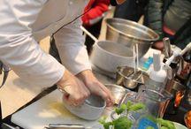 Akcja gotowanie / Trendy w gotowaniu, nowinki kulinarne. Gotowanie z gwiazdami.