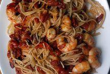 Linguine w/ Shrimp and slow roasted Tomatoes / Visit http://bestlifeblueprint.bizblueprint.com/healthy-recipies/linguine-with-shrimp-and-slow-roasted-tomatoes
