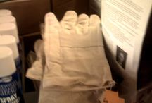 Work Gloves / We have work gloves at HOOD'S West Alton, Missouri.  These gloves are good for on the job sites or having an extra pair in your truck.  You never know when you wish you had gloves, but did not have any.  Come into HOOD'S West Alton to purchase supplies for your home or business.  Thank you for shopping at HOOD'S.