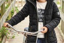 Детская Длинная дутая куртка с отделкой из искусственного меха на капюшоне. / Длинная дутая куртка с отделкой из искусственного меха на капюшоне. С теплой меховой подкладкой и опушкой из искусственного меха на капюшоне. Металлические молнии.Основная часть и подкладка: 100% полиэстер. Капюшон: 53% акрил 28% полиэстер 19% модакрил. РАЗМЕРЫ 98 / 104 / 110 / 116 / 122 СМ. ЦЕНА 2950 РУБ. СРОКИ ДОСТАВКИ 6-8 ДНЕЙ В ХАБАРОВСК. ПРЕДОПЛАТА 2300 РУБ.