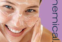 FACE TREATMENT / Perawatan kulit wajah yang dilakukan oleh Dokter Kecantikan