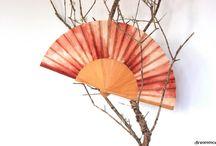 silk fan handpainted - abanicos de seda pintado a mano / Cada uno de los abanicos ha sido pintado a mano, todos son únicos  Each of the fans has been painted by hand, everyone is unique