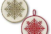 Cross stitch patterns - Snowflakes