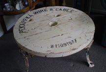 Кабельный барабан как часть интерьера. Связаться с нами вы можете по телефону +7 916 873-83-88