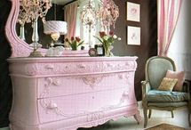 Home: furniture and decor / by Betzy Morales