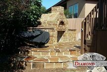 Outdoor kitchens / Here are just a few samples of outdoor kitchens built by Diamond Decks, San Antonio.