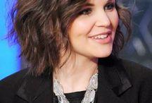 new hair cut / by Emily Franklin