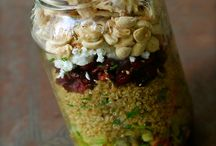 Salads and meals in a jar