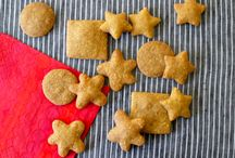 lunch and snack ideas for the kids / by Brenda Hungrywolf