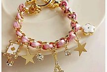 šperky a bižu a hodinky