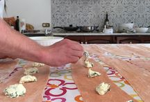 Holiday Cooking Classes in Tuscany / Our last experiences running cookery courses and serving dinners based on Italian-Tuscan fresh, homemade, seasonal food!
