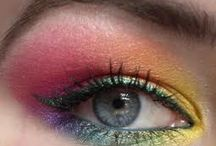 Makeup / I have a secret obsession with makeup, I love it! I love wearing eyeshadow and the dramatic effect it has on the eyes. I think it is so artistic and beautiful.