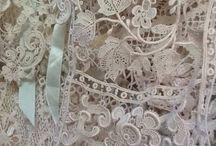 Mantillas,vestidos,y toda bella antigüedad del mundo!