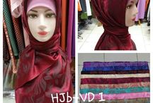 hijab / hijabnew.com adalah e-comerrce menyediakan perlengkapan busana yang anda inginkan