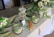Green- white and beige confetti wedding table / Romantic
