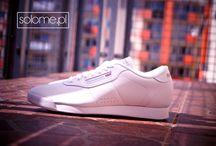 Reebok Classic Damskie / Sneakersy z kolekcji Reebok Classic w wielu kolorach i odsłonach nawiązujące do mody retro kicks.