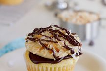 Cupcakes / by Nicole Keho