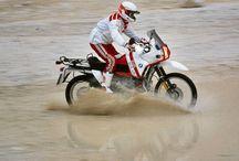 Racing Moto. / αγώνες πίστας-ερήμου.