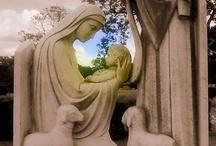 Statues & Sculptures / by Patsy Aubuchon