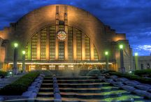 Beautiful Museums, Art Centers and Libraries / by Pamela Owens