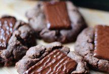 cookies / by Carol Lopez