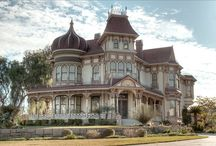 Victorian / by Angee Perry