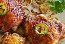 Yummy Dinner Mains / by Davecia Carr
