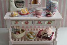Dollhouse Miniatures / by Elayne Forgie