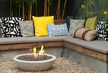 Bench-gas fire pit, bamboo wall