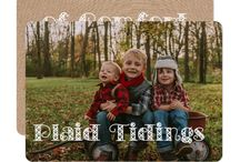 Holiday Photo Card Ideas / Features Holiday and Christmas photo card ideas including many trendy ideas, including plaid.