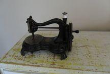 old sewing machine / антикварные швейные машинки