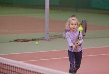 Детский теннис / Тренировка имоции Дружба смех